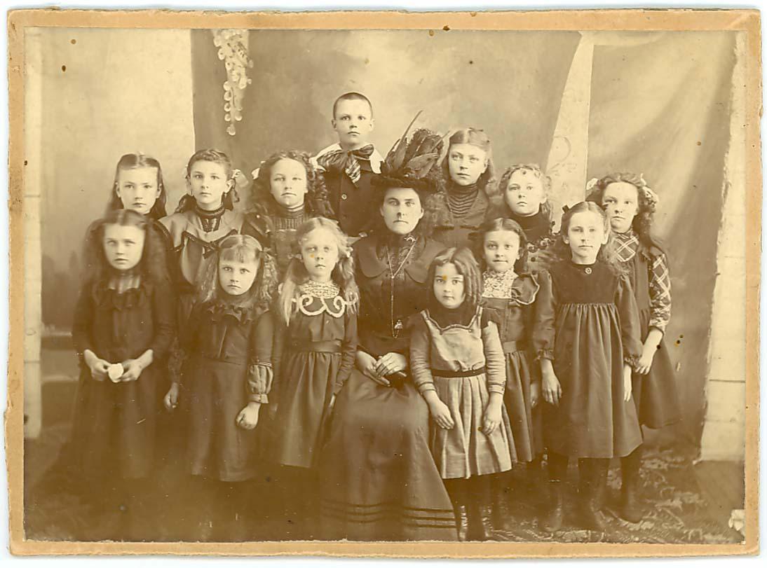 Isabel Flood Sunday School Class, Swanville, MN